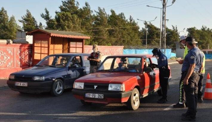 İslahiye'de jandarma ve polis'den maske denetimi