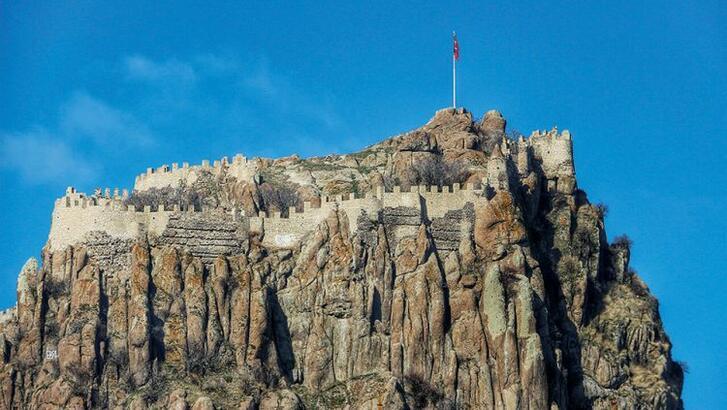 Afyon Kalesi Afyonkarahisar'ın Neresindedir? Tarihi Kalenin Özellikleri Ve Hikayesi
