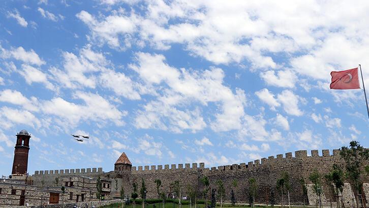 Erzurum Kalesi Erzurum'un Neresindedir? Tarihi Kalenin Özellikleri Ve Hikayesi