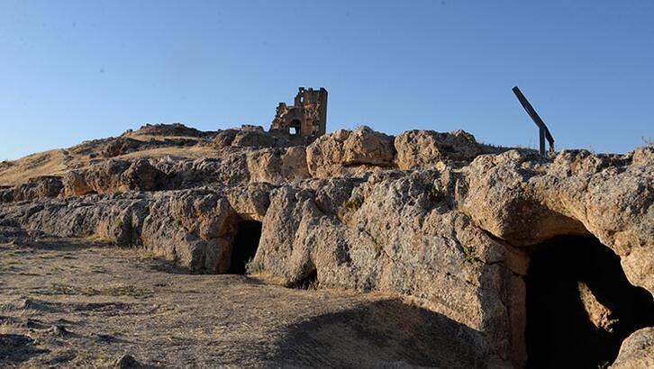 Zerzevan Kalesi Diyarbakır İlinde Nerede? Tarihi Kalenin Özellikleri Ve Hikayesi