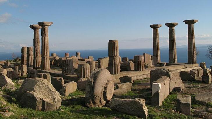 Assos Antik Kenti Çanakkale İlinde Nerede? Giriş Ücreti, Tarihçesi Ve Özellikleri