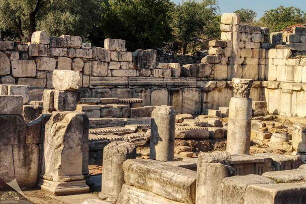 Stratonikeia Antik Kenti Muğla İlinde Nerede? Giriş Ücreti, Tarihçesi Ve Özellikleri