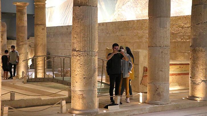 Zeugma Antik Kenti Gaziantep İlinde Nerede? Giriş Ücreti, Tarihçesi Ve Özellikleri