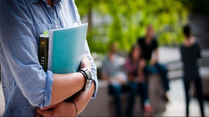 Anadolu Vakfı'ndan öğrencilere burs
