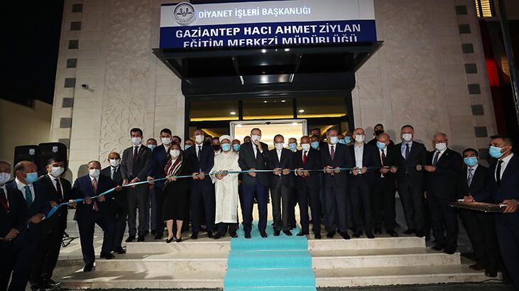 Son dakika... Cumhurbaşkanı Erdoğan, Hacı Ahmet Ziylan Eğitim Merkezi'nin açılışını yaptı