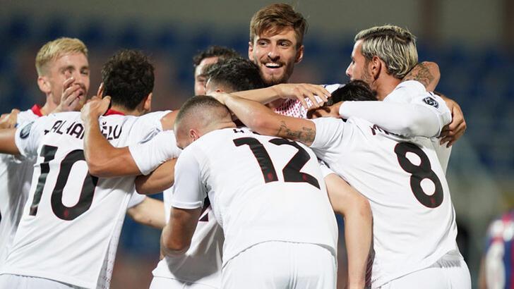 İtalya'da Türk futbolcuların zafer gecesi!