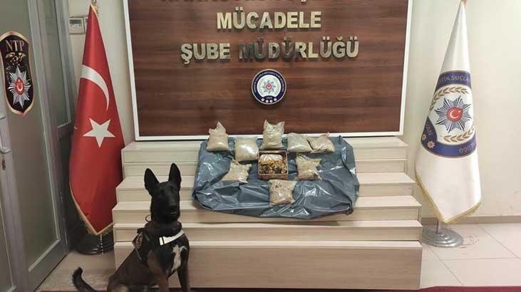 Bal altına gizlenmiş 9 kilo 140 gram eroin bulundu