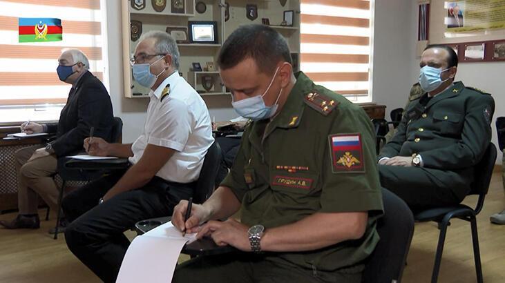 Azerbaycan'dan yabancı askeri yetkililere 2. brifing