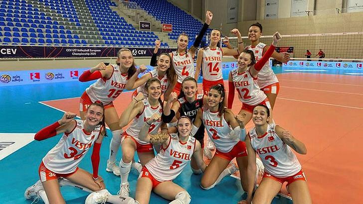 Son dakika | 17 Yaş Altı Kız Voleybol Milli Takımımız, Avrupa Şampiyonası'nda finale yükseldi!