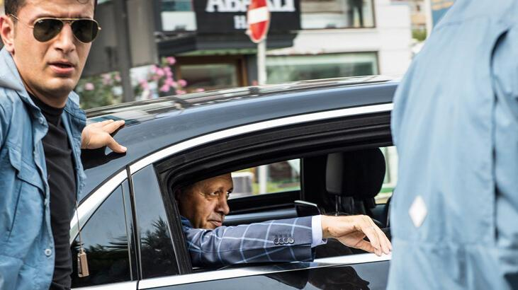 Son dakika... Fransız Le Monde yazarı: Erdoğan resmen alay ediyor