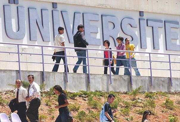 YÖK'ten yeni açıklama geldi mi? Bu ay (ekim) üniversiteler açılacak mı, ne zaman açılacak?