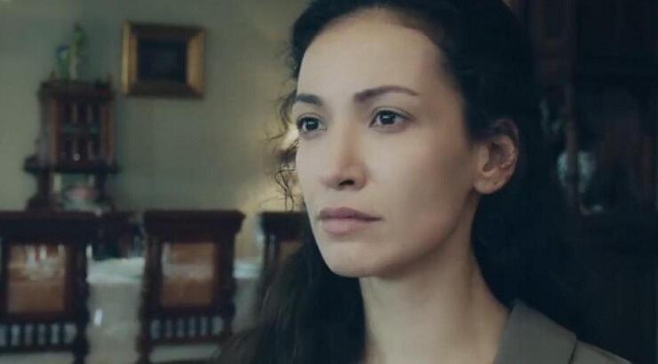 Kırmızı Oda Alya'nın annesi Cemre Melis Çınar kimdir? Cemre Melis Çınar kç yaşında?