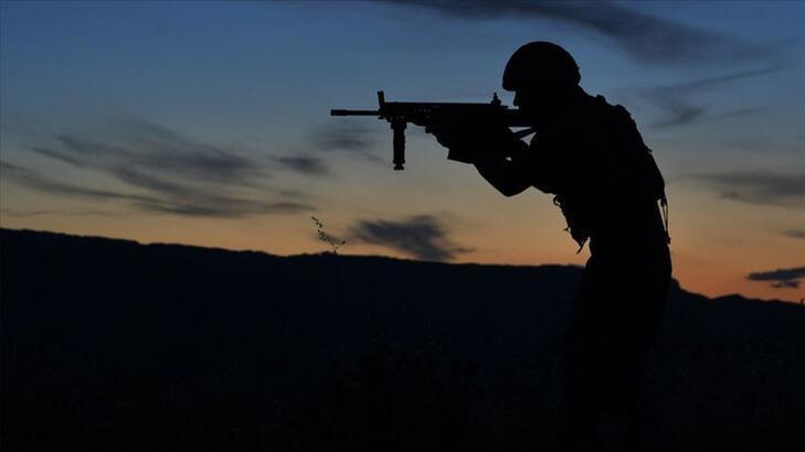 Son dakika! Taciz ateşi açan 2 PKK/YPG'li terörist öldürüldü