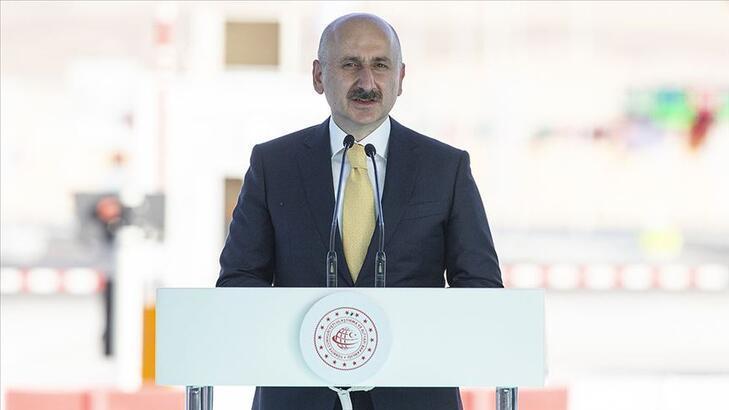 Ulaştırma ve Altyapı Bakanı Karaismailoğlu, Formula-1 pistini ziyaret etti