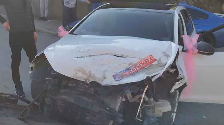 İstanbul'da dehşet anları! Önce gelin arabasına sonra otomobile çarptı