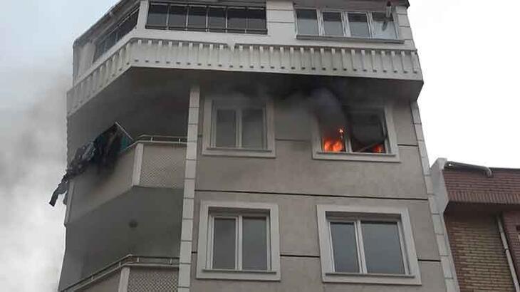 Esenyurt'ta yangın paniği! Tüm daireyi sardı