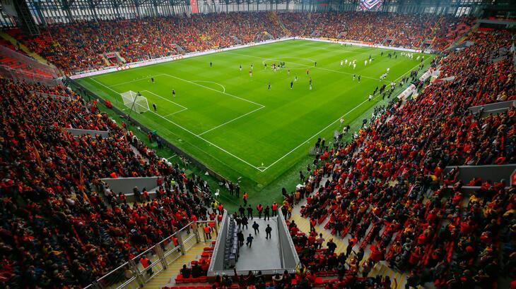 Göztepe localarını kombine bilet sahiplerine verecek