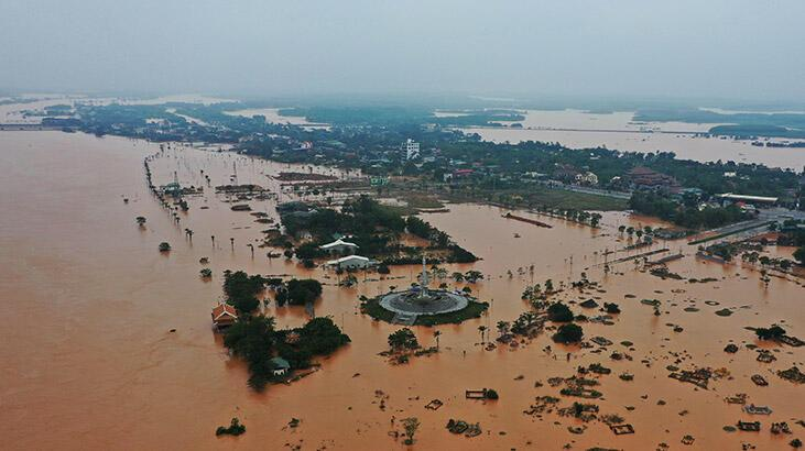 Vietnam'daki sellerde ölü sayısı 36'ya çıktı