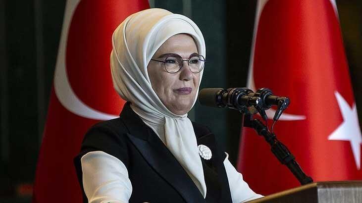 Emine Erdoğan, 'Her ev bir okul olsun' kampanyasına 100 bilgisayar bağışladı