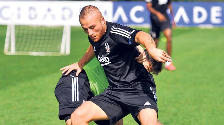 Beşiktaş'ta Gökhan Töre ikinci tercih