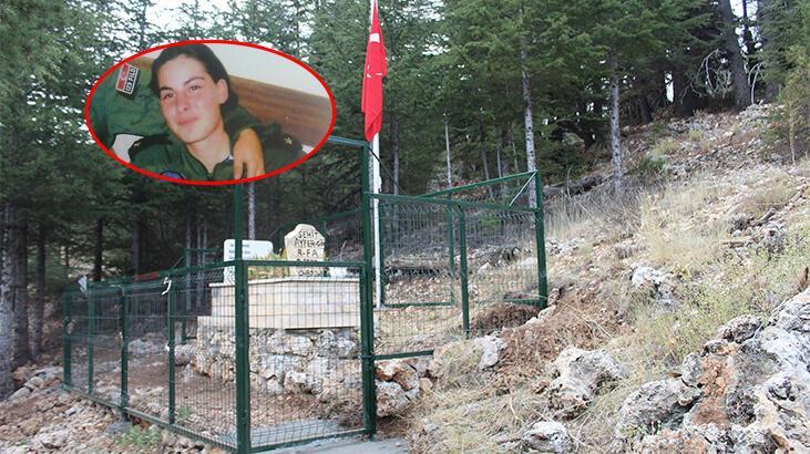 Türkiye'nin ilk şehit kadın pilotu! Uçağının düştüğü yere ikinci mezar