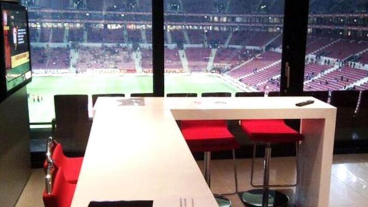 Son dakika   Galatasaray'da loca satışları başladı