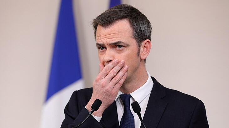 """Fransa'da Sağlık Bakanı, eski Başbakan ve eski Sağlık Bakanı'nın evlerine """"koronavirüs"""" baskını"""