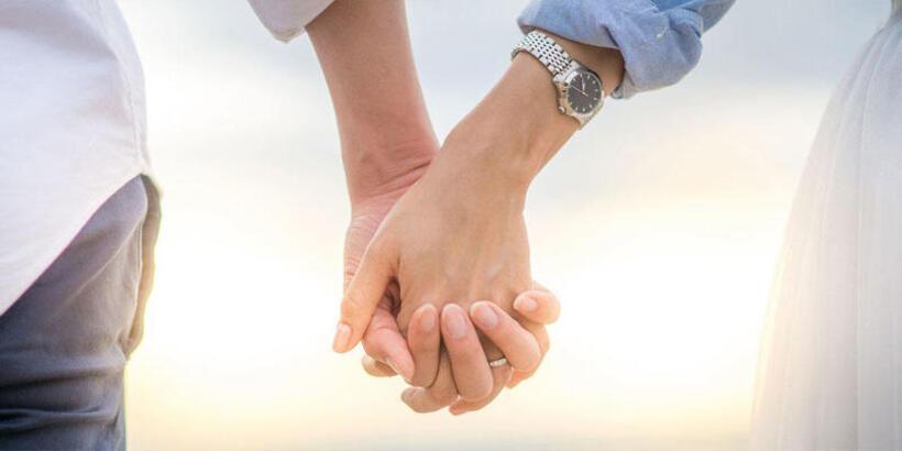 Söz Ve Nişan Yüzüğü Hangi Ele, Hangi Parmağa Takılır?