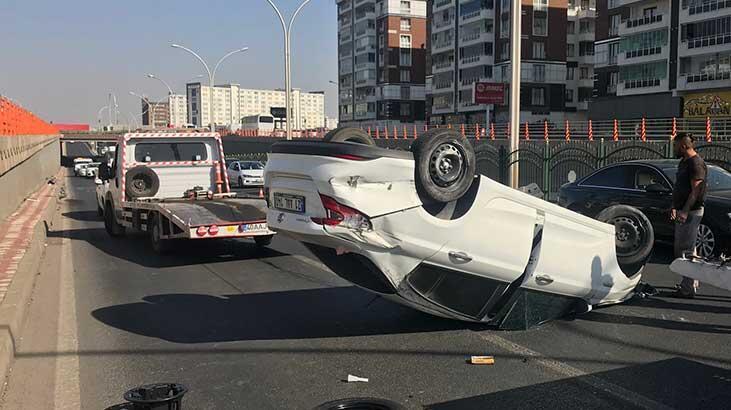 Diyarbakır'da takla atan otomobil, ters döndü