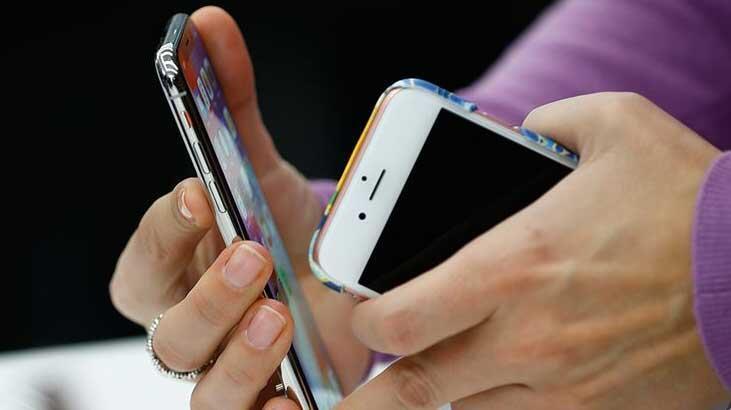 Samsung, Apple'ı Ti'ye Aldı