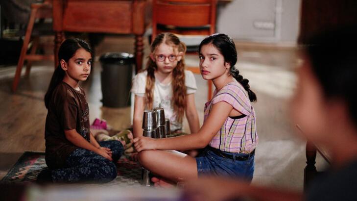 Çocukluk dizisi oyuncuları kimler, Çocukluk dizisinin konusu nedir? 2. bölüm fragmanı