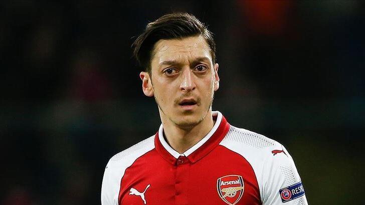"""Arteta: """"Mesut Özil kararlarıma saygı duymalı"""""""