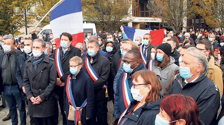 Paris'teki saldırı Fransa'yı karıştırdı