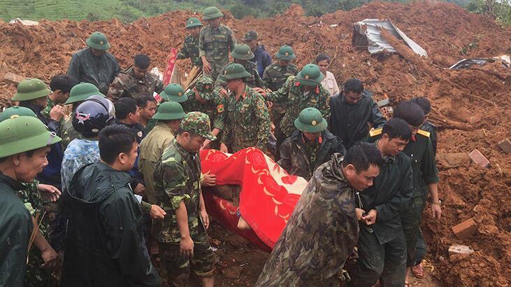 Vietnam'da toprak kayması... 3 ölü, 22 kayıp