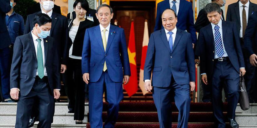 Japonya Başbakanı Suga ilk yurt dışı ziyareti kapsamında Vietnam'da