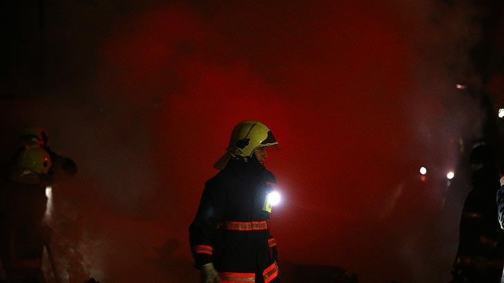 Konteynere atılan ateş 2 fabrikayı yaktı