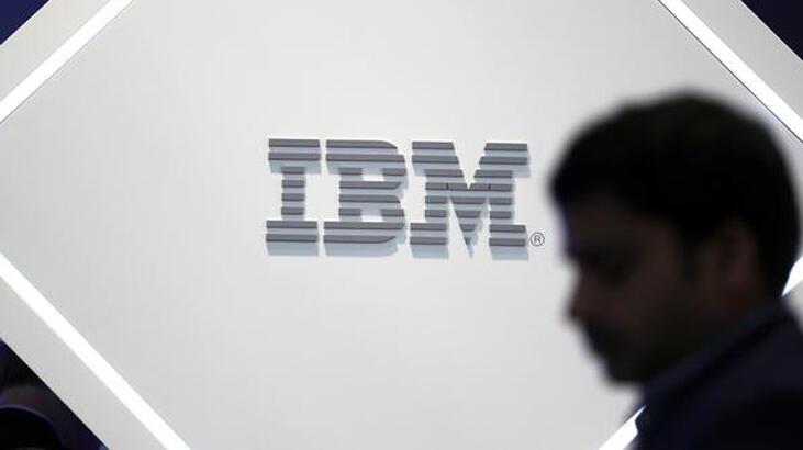 IBM'in geliri üçüncü çeyrekte azaldı