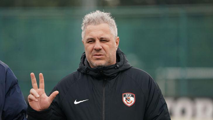 Gaziantep FK Teknik Direktörü Sumudica, PFDK'ye sevk edildi