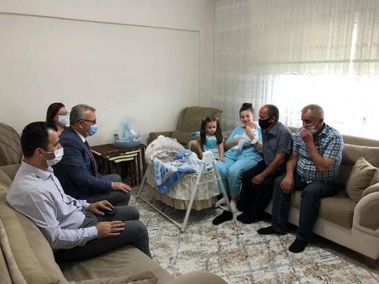 Keşan'da, 'Hoş geldin bebek' projesiyle 252 aileye hediye paketi verildi