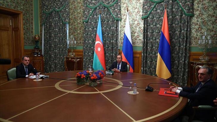 Azerbaycan ve Ermenistan Dışişleri Bakanları, Moskova'da