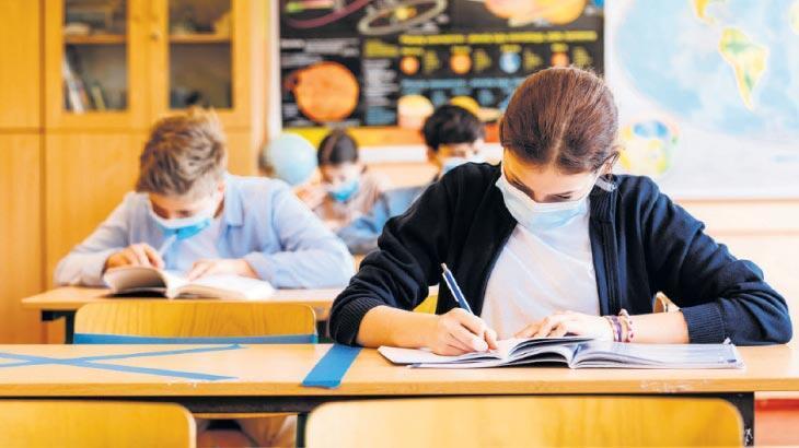 Eğitim takvimi sıkıştı ara tatil olacak mı?