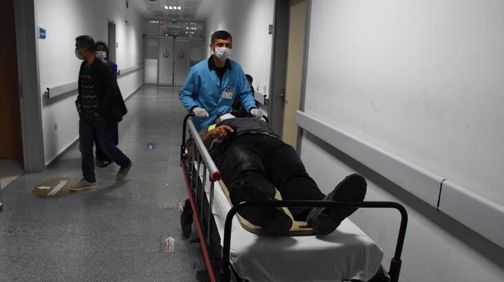 Aksaray'da işçi servisi devrildi! Yaralılar var