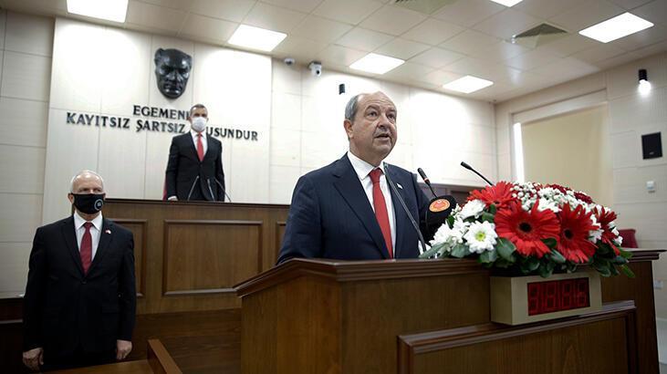 KKTC'de Cumhurbaşkanı Tatar resmen göreve başladı