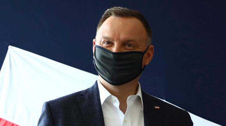 Polonya lideri Duda koronavirüse yakalandı