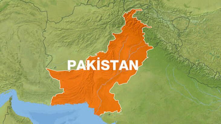 Pakistan'da motosiklete yerleştirilen bomba patladı: 4 ölü