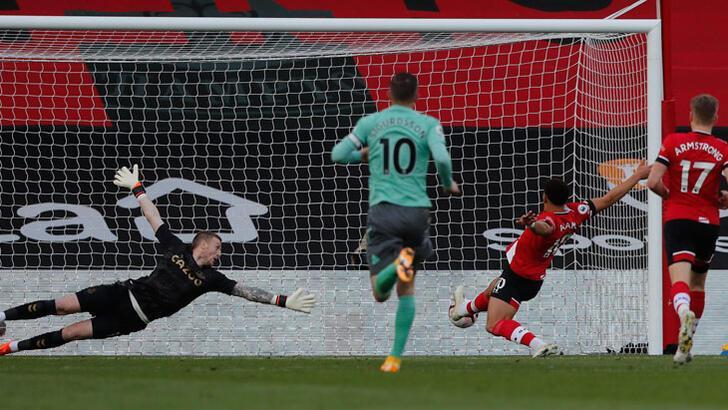 Southampton-Everton: 2-0