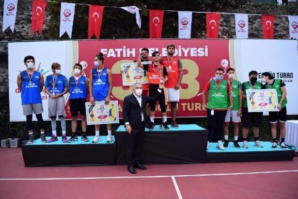 Başkan Turan'dan Fatih'e 4 yeni spor tesisi müjdesi
