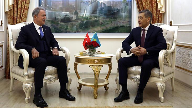 Son dakika! Bakan Akar Kazakistan'da