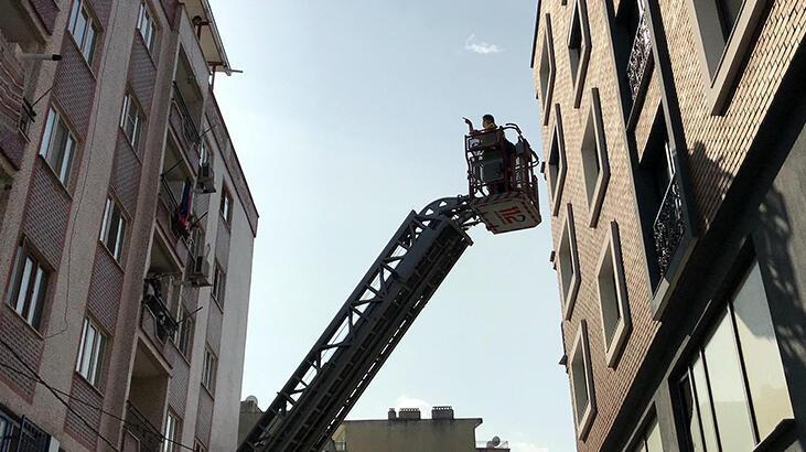Manisa'da yangın paniği! 8 kişi kurtarıldı