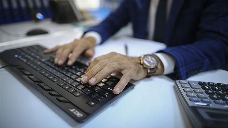 Gelir İdaresinin 1000 gelir uzman yardımcısı alım ilanı Resmi Gazete'de